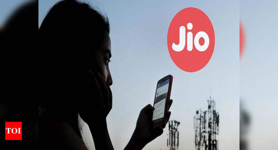 jio plans under rs 400: Reliance Jio plans under Rs 400: 4 plans you may consider